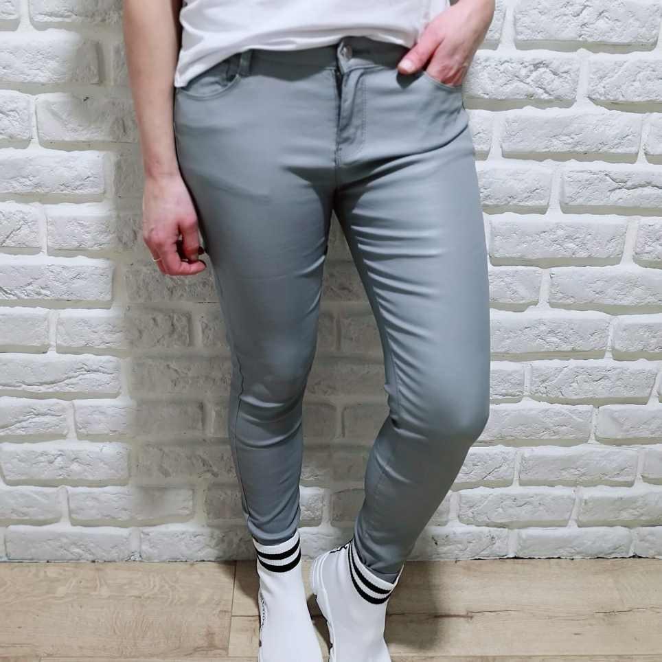 Pantalón Encerado NORAH Gris