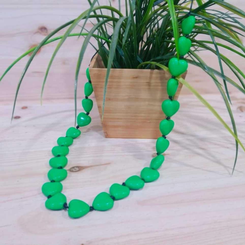 Collar Largo CORAZONES Verde