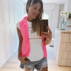 Conjunto Chaleco y Camiseta BRILLIANT Rosa Flúor