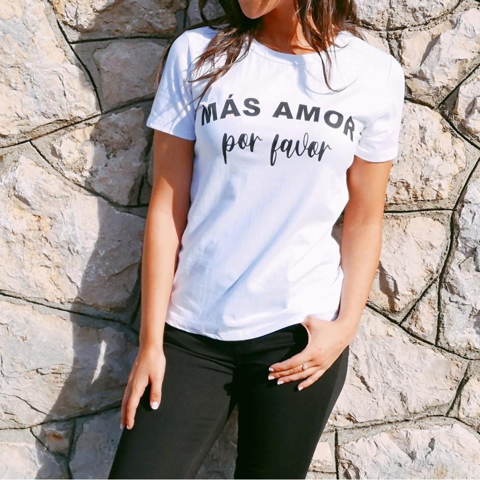 Camiseta MÁS AMOR POR FAVOR Blanco