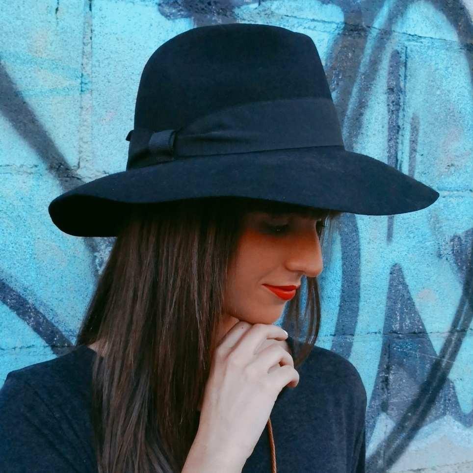 Sombrero Floppy Negro