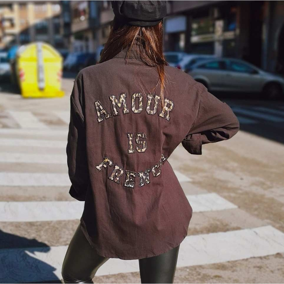 Sobrecamisa AMOUR IS FRENCH Negro