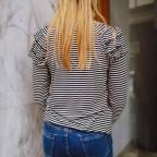 Camiseta Volantes y Rayas Beige