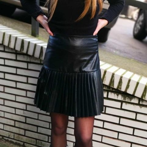 Falda Plisada Polipiel Negro