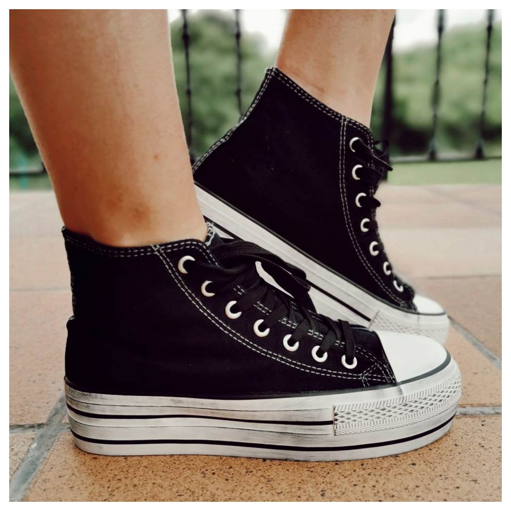 Sneaker Abotinada JONES Negro Heve